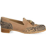 STUART WEITZMAN Guything tassel loafers - cashew Suede - size 3. - new in box