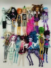 Monster High Dolls - Lot of 14 Dolls & Accessories,High Stand & Brush-Rare
