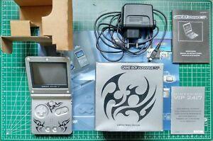 Nintendo Game Boy Advance SP Édition Tribale avec Boîte et Notice d'origine