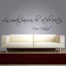 wall sticker frase coco chanel la moda passa lo stile resta adesivo murale