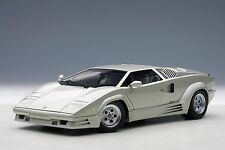 Lamborghini Countach 25th Anniversary Edition Last Produced AUTOart 74536 1/18