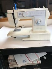 Riccar R-250 Straight Zig Zag Stitch Sewing Machine - Needs repair