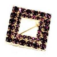 Broche ancienne de couleur or carré cristal violet bijou brooch