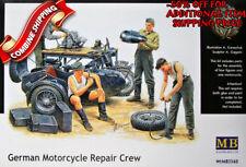 Master Box 3560 WWII German Motorcycle Repair Crew plastic model kit 1/35