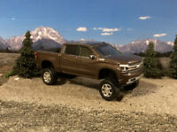 2019 Chevy Silverado 4x4 Truck Lifted 1/64 Diecast Custom Greenlight Work Truck