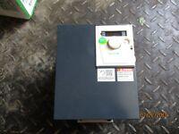 SCHNEIDER ELECTRIC 3HP ALTIVAR AC SPEED DRIVE #8221057K 380-500 5/60HZ NIB