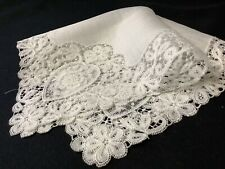 #6404🌟Vintage Wide Pt de Gaze Hearts Linen Wedding Handkerchief Heirloom