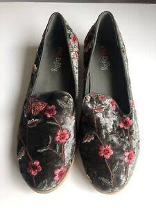 I Love Billy Olive Green Velvet Oriental Floral Embroidered Shoes Flats 39