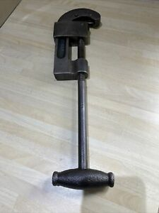 Vintage Record Pipe Cutter B102