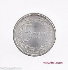 "NEDERLAND UNC: 5 EURO 2004: ""EUROPAMUNT"" VIJFJE UIT ROL IN MUNTHOUDER"