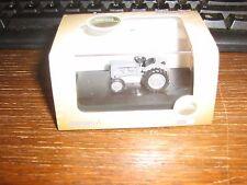 OXFORD DIE-CAST - FERGUSON TEA TRACTOR IN GREY - 00 gauge /1:76