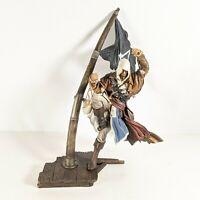 "Assassins Creed IV Black Flag ~ 18"" Captain Edward Kenway Statue and Flag"