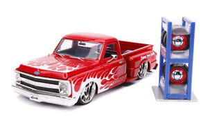 Jada Just Trucks - 1969 Chevy® C10 Stepside™  1:24 scale diecast collectible mod