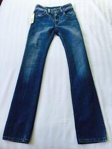 NEW Diesel Womens Brucke Wash 0072J Slim,Straight Leg Jeans,W26 L32 (1174)