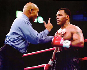RICHARD STEELE & MIKE TYSON 8X10 PHOTO BOXING PICTURE RING ACTION