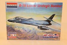 MONOGRAM 1/72 B-1B LANCER STRATEGIC BOMBER 85-5606 w/American Flag