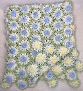 "Vintage Crochet 3-D Daisy Flowers Afghan Throw Blanket 40""x 44"" Handmade Reverse"