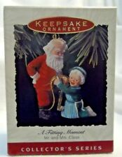1993 A Fitting Moment Hallmark Ornament SANTA CLAUS #8 NEVER DISPLAYED -MINT-NEW