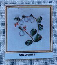 Thea Gouverneur DMC Snowberry Cross Stitch on Linen Kit Sassenheim Holland