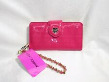 Betsey Johnson Logo Wristlet Celly Pink Fuschia Heart Travel Wallet BS00010P NWT