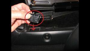 C5 CORVETTE 1997-2004 ARMREST ARM REST CENTER CONSOLE DOOR LATCH SNAP 88952201