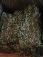 Vintage Mossy Oak Treestand Hunting Camouflage Pants Men  L/XL.  Slip over.