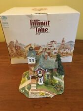 """Lilliput Lane """"Winnie's Place"""" American Landmarks Collection, Signed, Ray Day  00004000"""