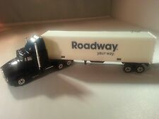 Roadway Express Diecast Model Truck Welly 1:64 Kenworth Collectible NIB