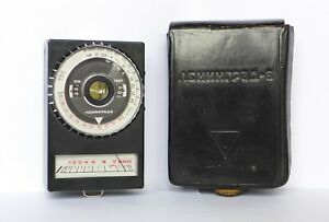 Leningrad 6 light meter exposure meter USSR with leather case fully working