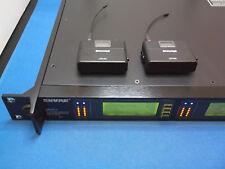 Par Shure UR1M transmisores con UR4D+ Twin reciver K4E 606-666 Mhz
