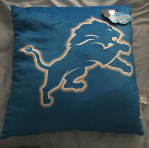 """Detroit Lions~CLOUD~Travel~Neck~Back~Pillow~VERY Soft~SQUEEZE!~20""""x20"""" NEW~TAGS"""