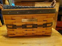 🌟Longaberger 1997 Collectors Club RENEWAL Basket With Fabric Liner & Protector