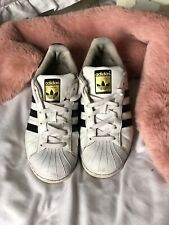 Addidas Orginals Superstar White And Black Trainers Size 4