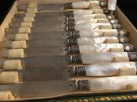 Suite 12 Couteaux à Dessert Nacre Argent Massif Poinçon Minerve Antique French