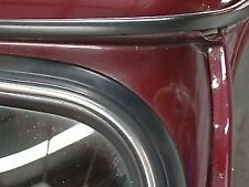 CLASSIC MINI REAR SCREEN RUBBER & CHROME FILLER & JOINT COVER