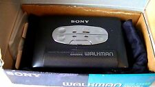 VINTAGE SONY WALKMAN PERSONAL CASSETTE PLAYER WM-EX550