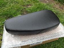 Asiento de motocicleta de ensayos de tipo estrecho puede caber Bantam CUB C15 B40 W26 otros.