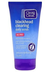 Clean & Clear Blackhead Clearing Daily Scrub 150ml Oil Free Face Cleaner