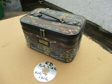 SMALL TRAVEL / VANITY CASE. FREE  DELIVERY.