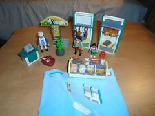 Playmobil 4412 Butcher shop meat Market excellent, see my other store City life