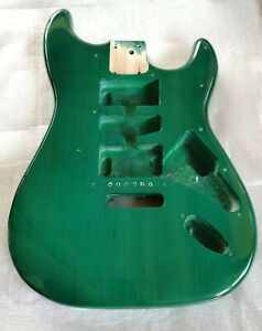 Body Corpo Stratocaster Verde Green Transparent High Gloss Ricambio Chitarra