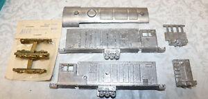 Vintage Walthers Alco HH600 Locomotive Cast Metal Shell Kit HO Scale