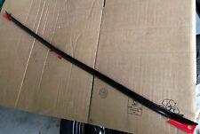 baguette de coffre noir brillant  RENAULT CLIO 4 IV ou RS -edition Monaco-