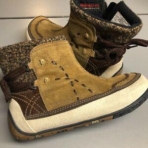 Merrell Snow Boots 9.5 Womens Puffin High Tan Polartec Primaloft