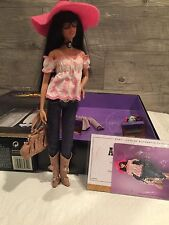 2005 Mattel Gold Label ANNA SUI BOHO BARBIE Doll Designer J8514 NRFB