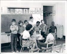 1973 Special Ed Classroom Scene Edwina Wood School Columbus Press Photo