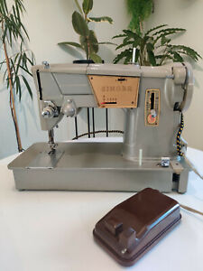 Singer 382K Style-O-Matic Heavy Duty Electric Sewing Machine for Leather / Denim