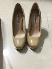 Steve madden womens high hill shoes size 6M beige