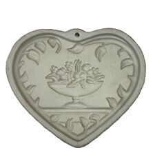 Pampered Chef Stoneware Come To The Table Heart Shortbread Cookie Mold EUC