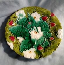 Majolica Strawberry Plate - PV Made in France